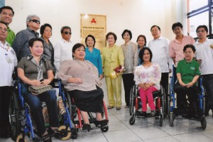 GMA poses with officials and guests at the NCDA marker