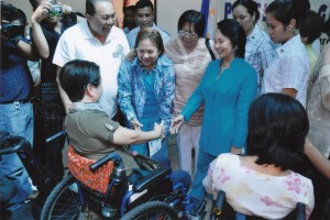 GMA shakes hand with one of PWD leaders