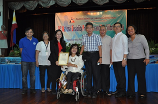 ED Zubiaga with COMELEC Representatives and IFES Rep. May Butoy, extreme right, of COMELEC's IT Team's Access Workshop